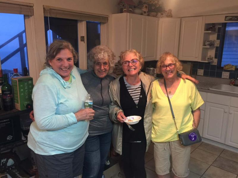 Team Leopold Cooks: Stephanie Simon, Gloria Guidera, Sue Leopold, Billy Jackson